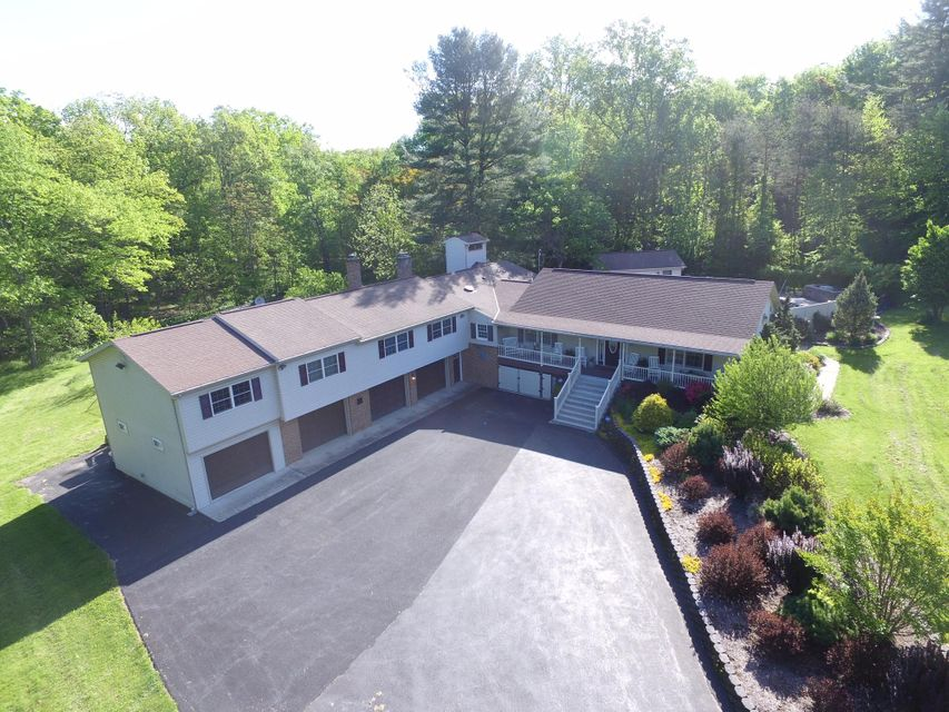 Single Family Home for Sale at 1113 SAW MILL ROAD Harrisburg, Pennsylvania 17112 United States