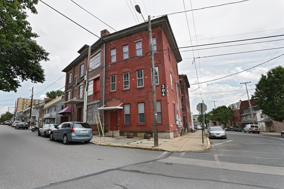 Additional photo for property listing at 304 UNION STREET 304 UNION STREET Columbia, Pennsylvania 17512 Estados Unidos