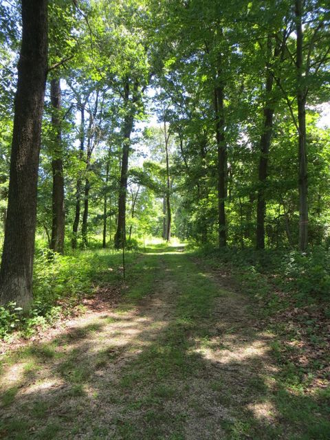 Additional photo for property listing at 670 GREEN SPRINGS ROAD 670 GREEN SPRINGS ROAD Hanover, 賓夕法尼亞州 17331 美國