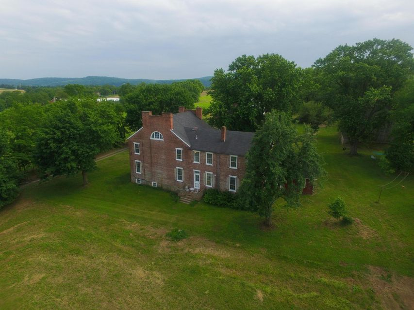 Single Family Home for Sale at 400 STACKSTOWN ROAD 400 STACKSTOWN ROAD Marietta, Pennsylvania 17547 United States