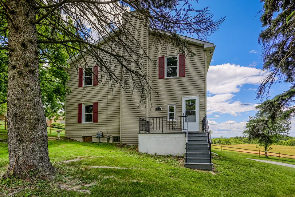 1610 DRUCK VALLEY ROAD, YORK, PA 17406
