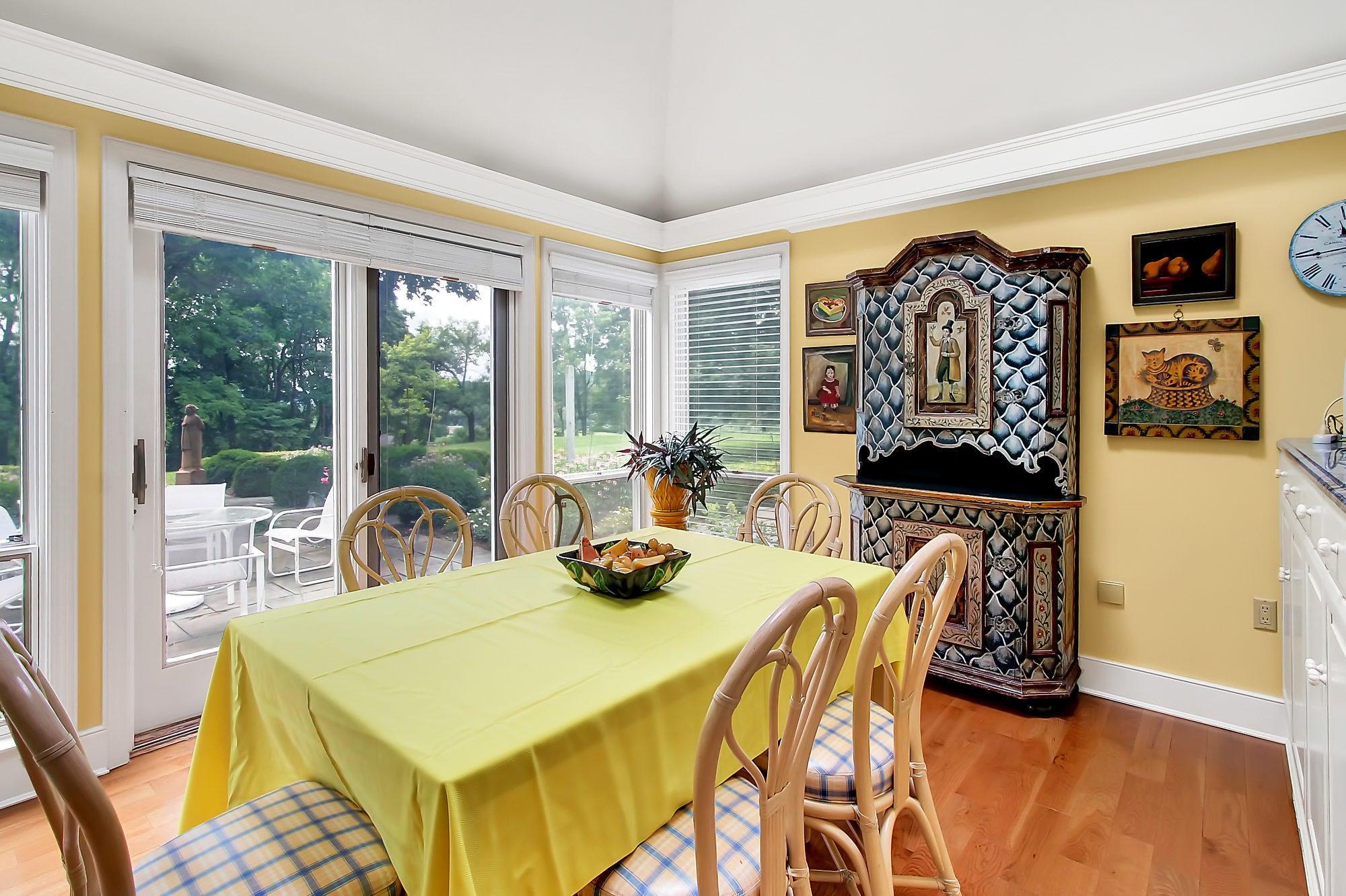 Additional photo for property listing at 70 DEVON DRIVE 70 DEVON DRIVE Reading, Pennsylvania 19606 Estados Unidos