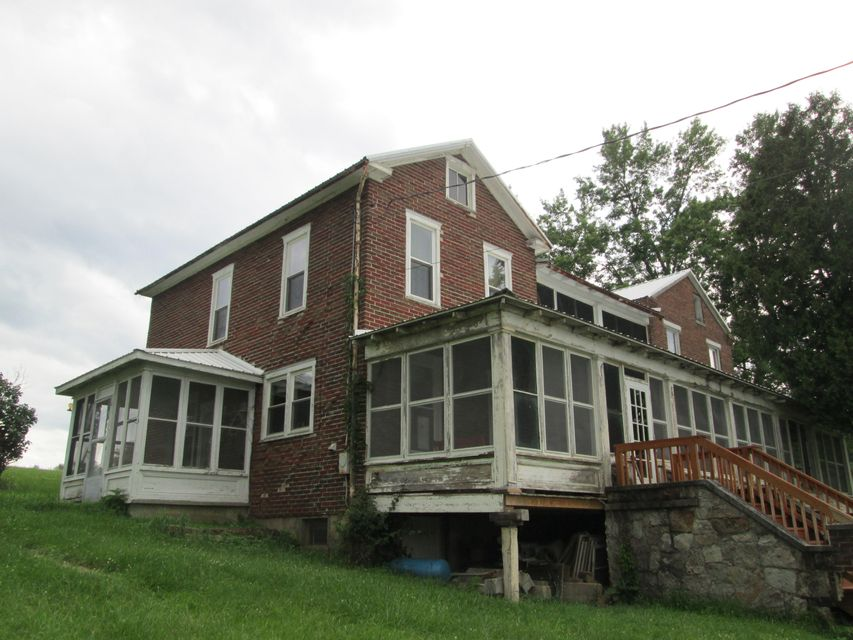 Additional photo for property listing at 17549 HARES VALLEY ROAD 17549 HARES VALLEY ROAD Mapleton Depot, Pennsylvania 17052 Estados Unidos