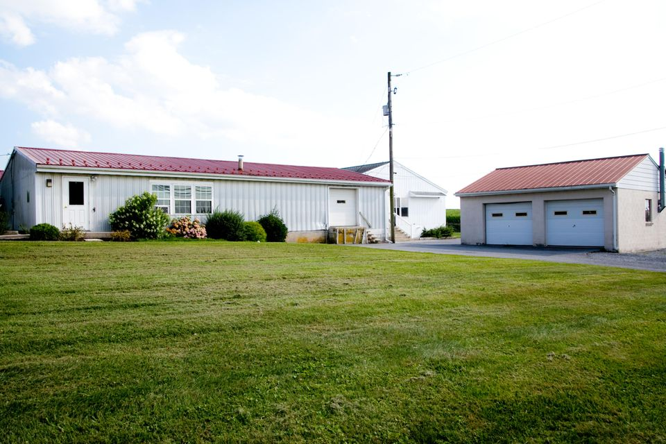 Commercial for Sale at 3182 ROTHSVILLE ROAD Ephrata, Pennsylvania 17522 United States