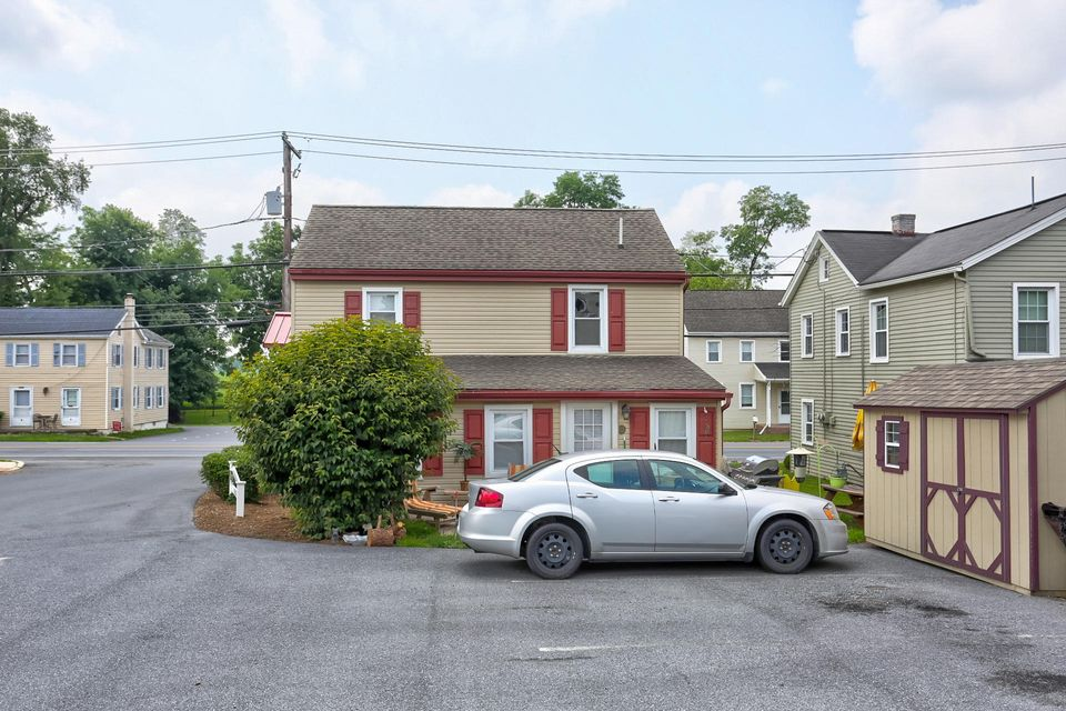 Additional photo for property listing at 2479-2479A OLD PHILADELPHIA PIKE 2479-2479A OLD PHILADELPHIA PIKE 兰开斯特, 宾夕法尼亚州 17602 美国