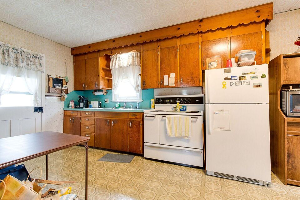 1370 North State Route 934-1-Main-Kitche