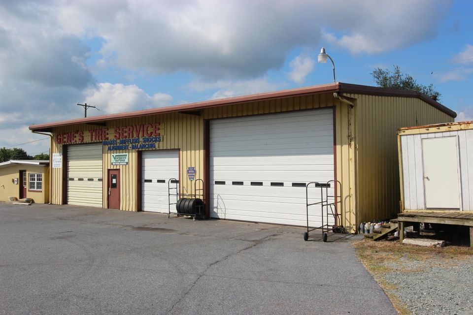 Commercial for Sale at 874 GAP NEWPORT PIKE Cochranville, Pennsylvania 19330 United States