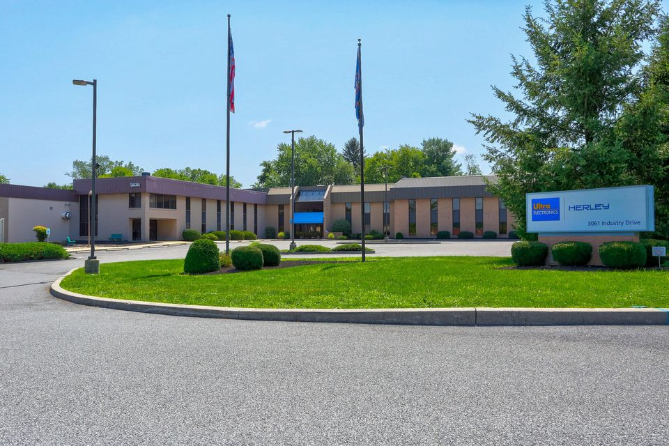 Commercial for Sale at 3051/3061 INDUSTRY DRIVE Lancaster, Pennsylvania 17603 United States