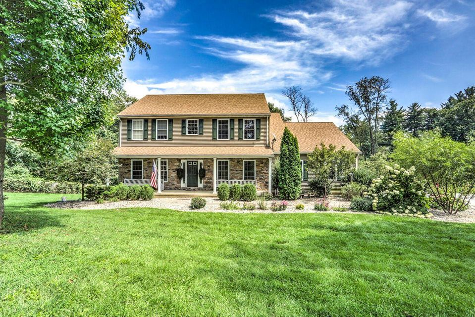 Single Family Home for Sale at 1887 GEORGETOWN ROAD Christiana, Pennsylvania 17509 United States
