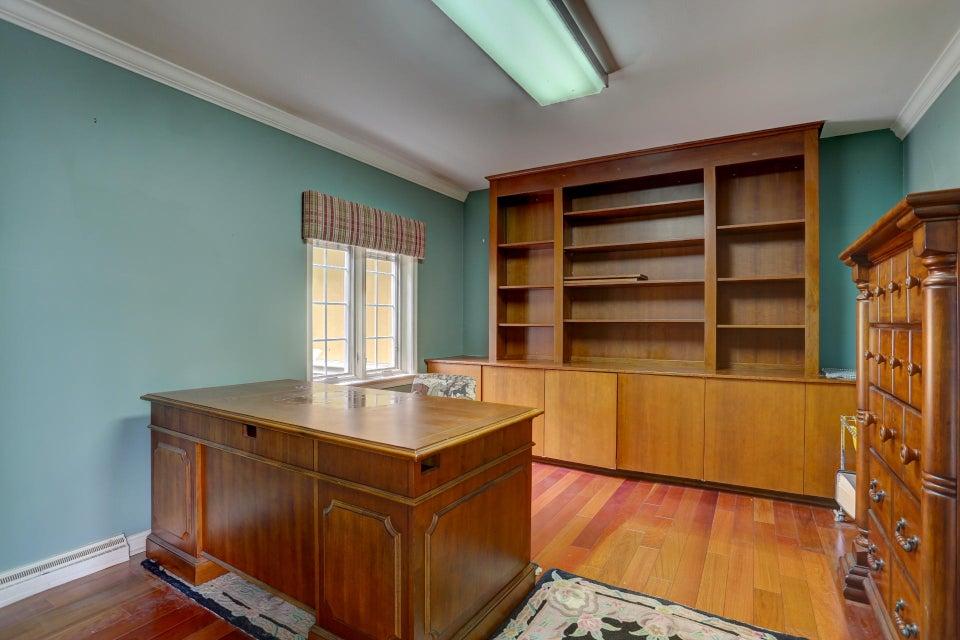 Additional photo for property listing at 663 OAKWOOD LANE 663 OAKWOOD LANE Lancaster, Pennsylvania 17603 Estados Unidos