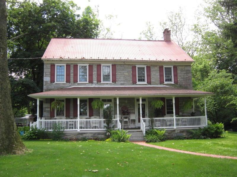 独户住宅 为 销售 在 211 QUARRY DRIVE 211 QUARRY DRIVE Myerstown, 宾夕法尼亚州 17067 美国