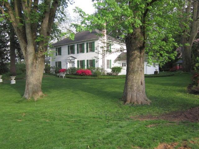 Casa Unifamiliar por un Venta en 78 WEAVER ROAD 78 WEAVER ROAD Denver, Pennsylvania 17517 Estados Unidos