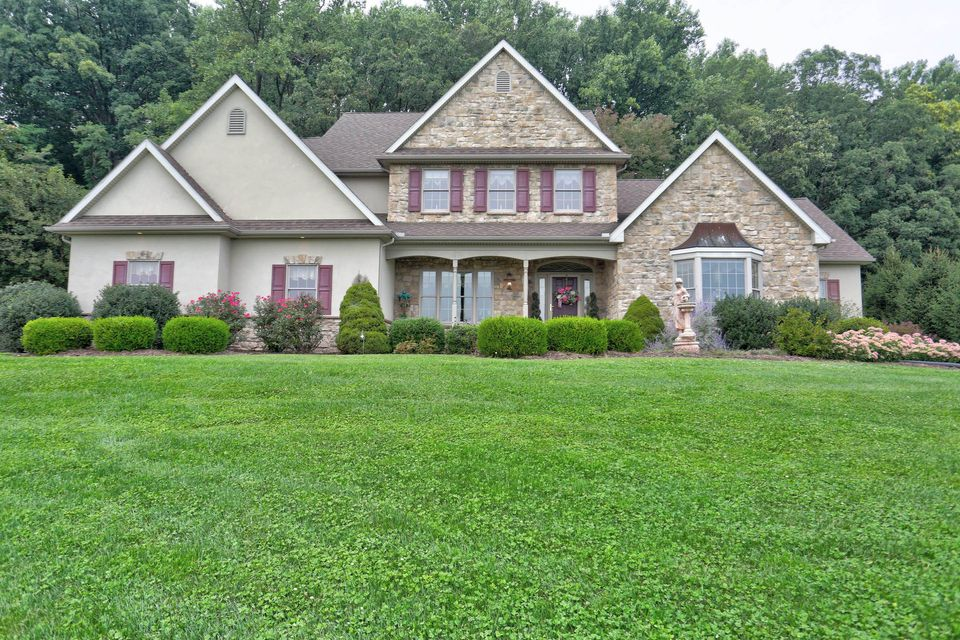 Single Family Home for Sale at 2274 CAMP ROAD Manheim, Pennsylvania 17545 United States