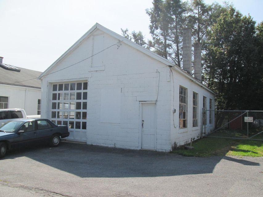 Additional photo for property listing at AUTO BODY SHOP AUTO BODY SHOP Lancaster, Pennsylvania 17603 United States