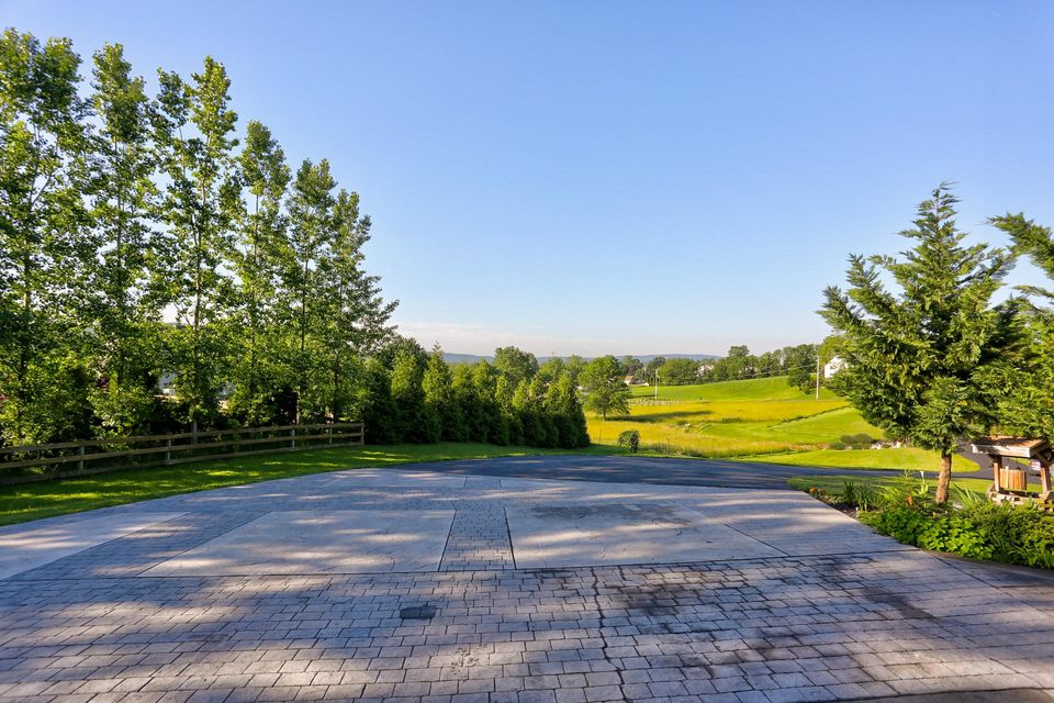 Additional photo for property listing at 70 HORSESHOE TRAIL 70 HORSESHOE TRAIL Denver, 宾夕法尼亚州 17517 美国