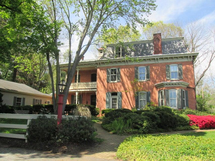 Casa Unifamiliar por un Venta en 12 SILVER MINE ROAD 12 SILVER MINE ROAD Conestoga, Pennsylvania 17516 Estados Unidos