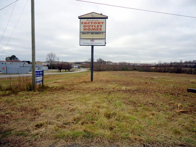 Commercial for Sale at Murrays Chapel Road Murrays Chapel Road Sweetwater, Tennessee 37874 United States