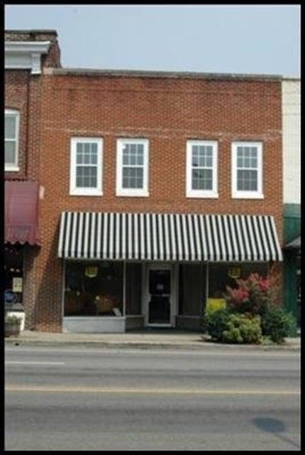 Commercial pour l Vente à 115 E Broadway Street 115 E Broadway Street Lenoir City, Tennessee 37771 États-Unis