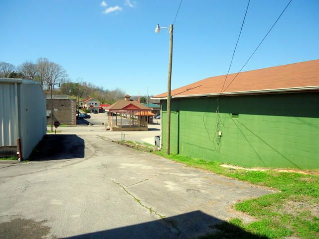 Additional photo for property listing at 805 Highway 165 805 Highway 165 Tellico Plains, Теннесси 37385 Соединенные Штаты