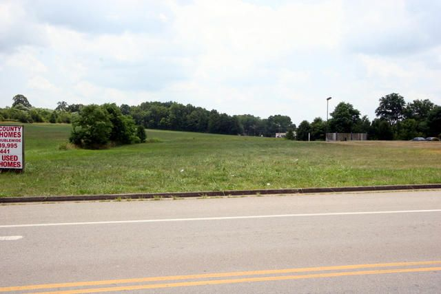 Commercial for Sale at Kefauver Lane Kefauver Lane Madisonville, Tennessee 37354 United States