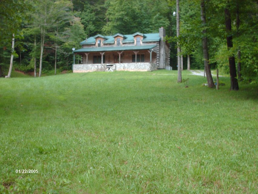 Casa Unifamiliar por un Venta en 425 Goodin Branch Road Barbourville, Kentucky 40906 Estados Unidos