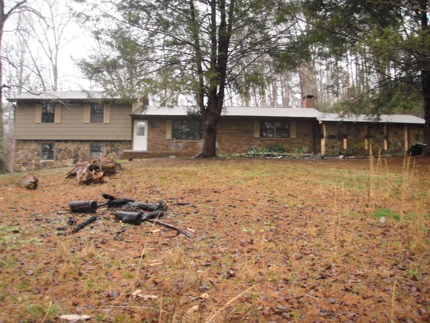 Additional photo for property listing at 1516 Airport Road 1516 Airport Road Oakdale, Tennessee 37829 Estados Unidos