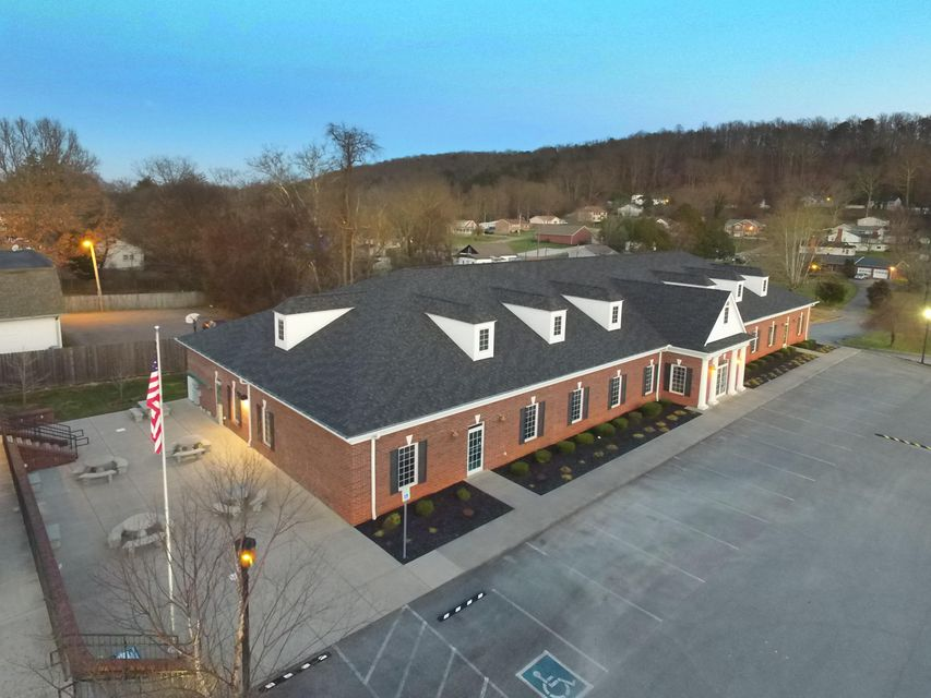 Commercial for Sale at 3248 Tazewell Pike Knoxville, Tennessee 37918 United States