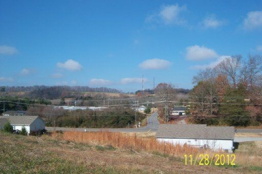 Additional photo for property listing at Basswood Drive Basswood Drive Sweetwater, Tennessee 37874 États-Unis