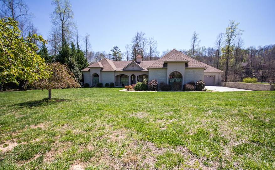 独户住宅 为 销售 在 251 Paradise Lane Jacksboro, 田纳西州 37757 美国