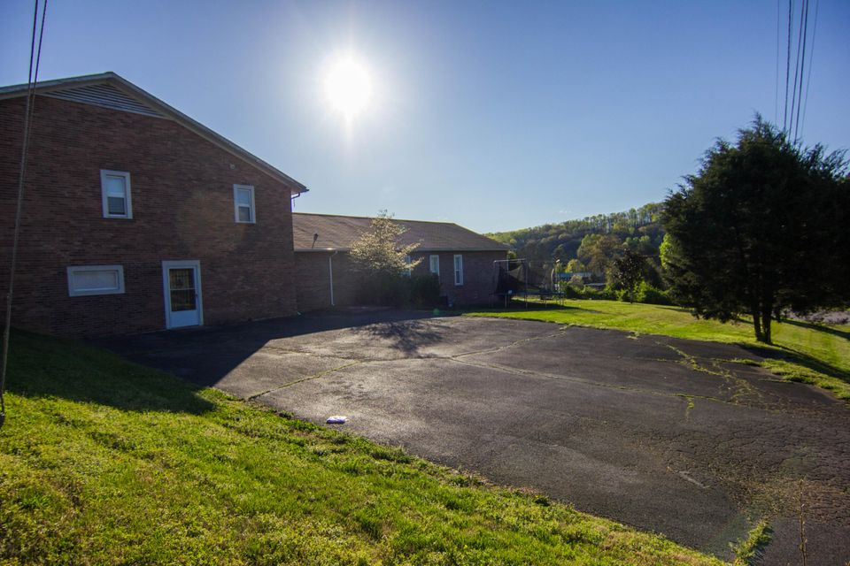 Additional photo for property listing at 3462 Hines Valley Road  Lenoir City, Теннесси 37771 Соединенные Штаты
