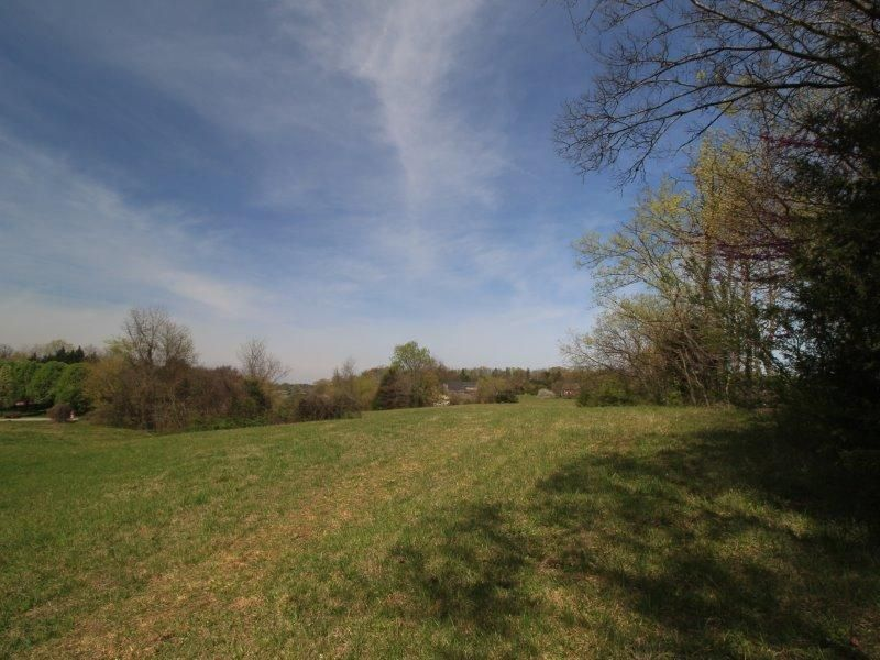Additional photo for property listing at 25 Indian Shadows Drive 25 Indian Shadows Drive Vonore, Tennessee 37885 États-Unis