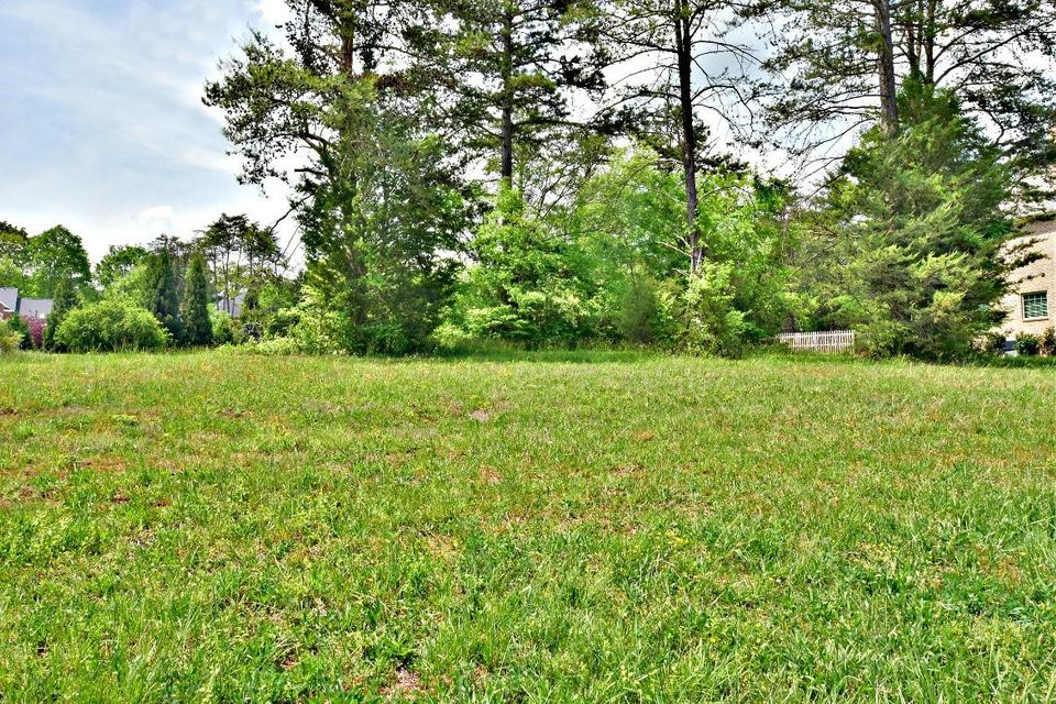 Additional photo for property listing at 1653 Botsford Drive 1653 Botsford Drive Knoxville, Tennessee 37922 United States