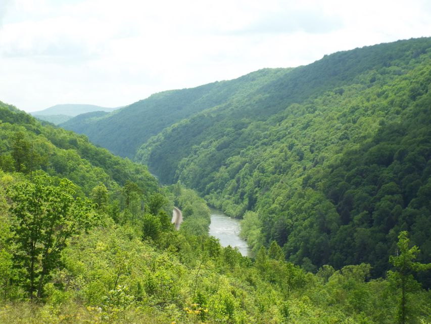 Land for Sale at S Of Cherokee Tr/Hidden Trails Road Wartburg, Tennessee 37887 United States
