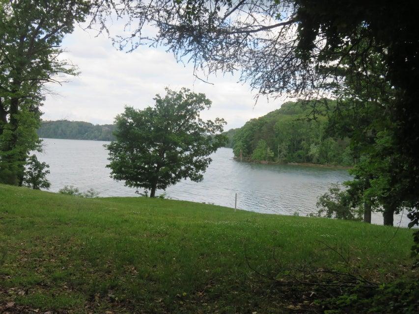 Additional photo for property listing at 740 Donaldson Light Lane  Lenoir City, Tennessee 37772 États-Unis