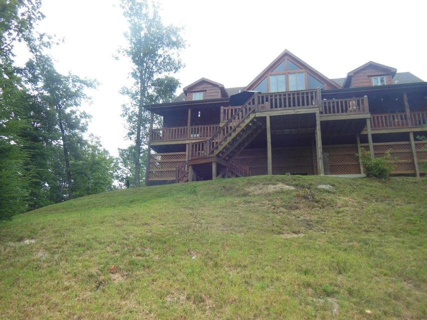 Additional photo for property listing at 235 Eagle Bluff 235 Eagle Bluff Jamestown, Tennessee 38556 United States