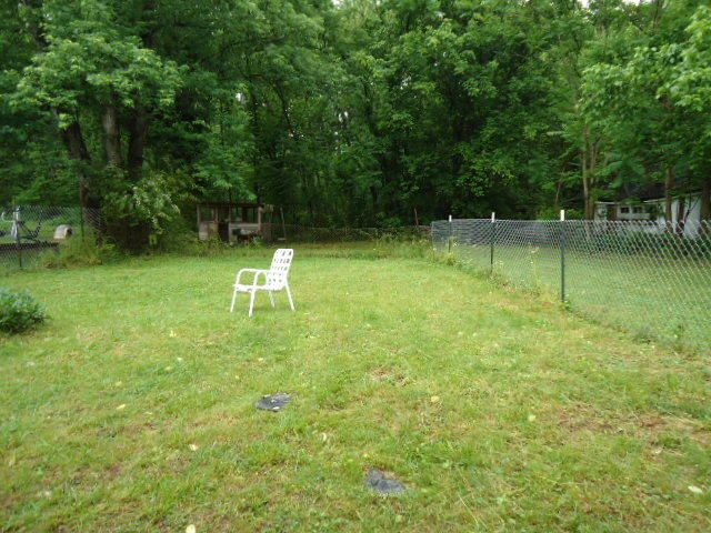 Additional photo for property listing at 98 Circle Drive 98 Circle Drive Celina, Tennessee 38551 United States