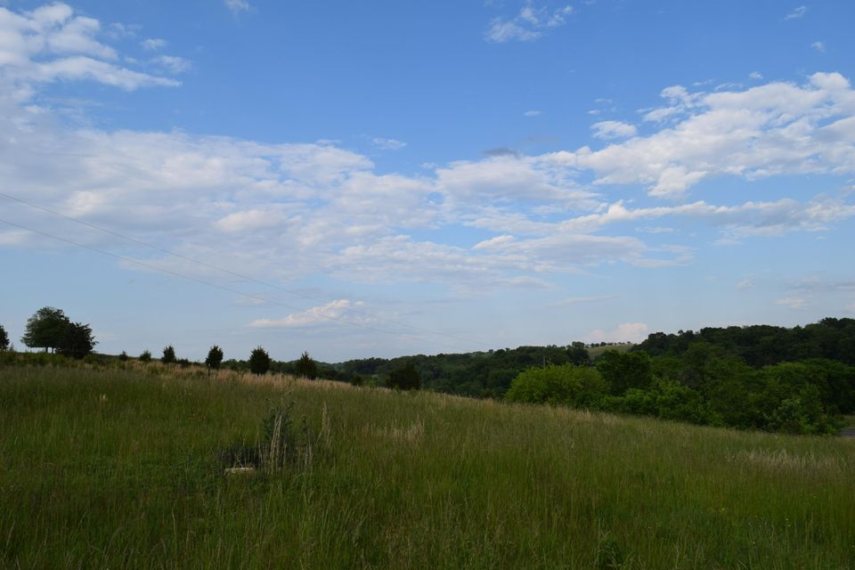 Additional photo for property listing at 2 Acres Shinbone Road 2 Acres Shinbone Road Russellville, 田纳西州 37860 美国