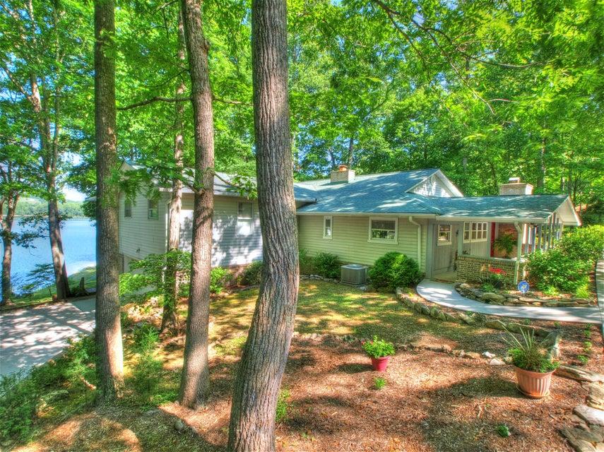 Частный односемейный дом для того Продажа на 209 Tanasi Lane Andersonville, Теннесси 37705 Соединенные Штаты