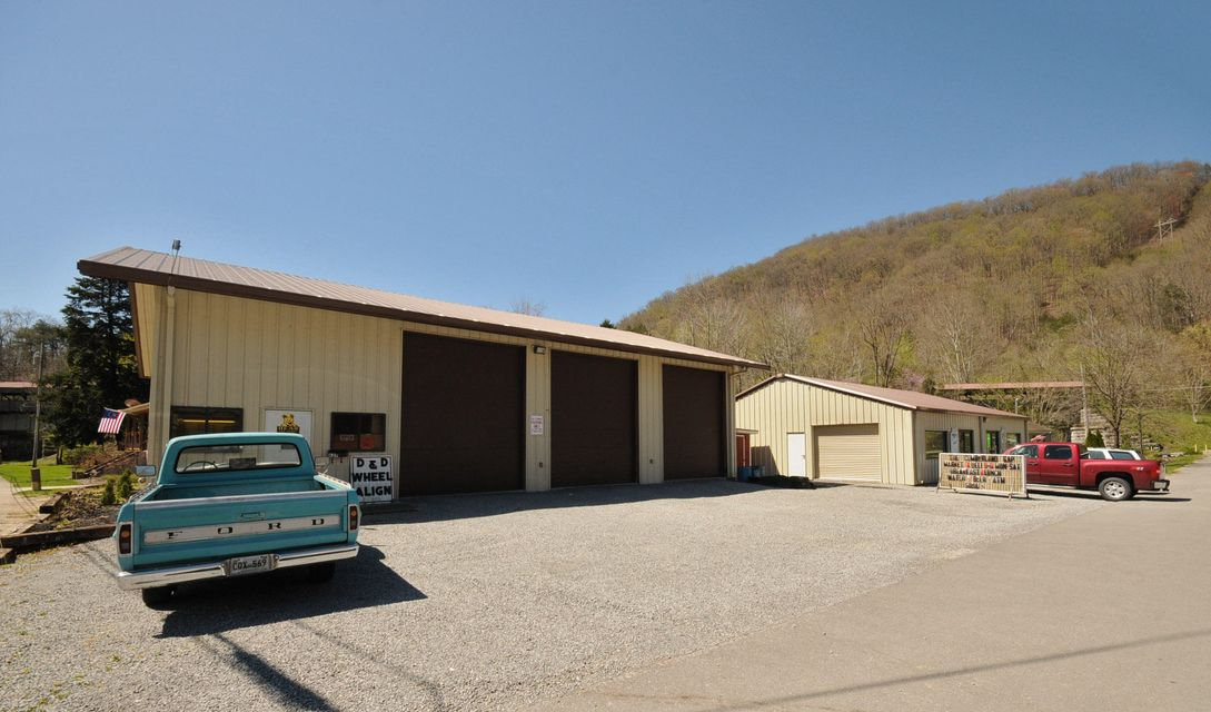 Commercial for Sale at 505 Lynn Avenue Cumberland Gap, Tennessee 37724 United States