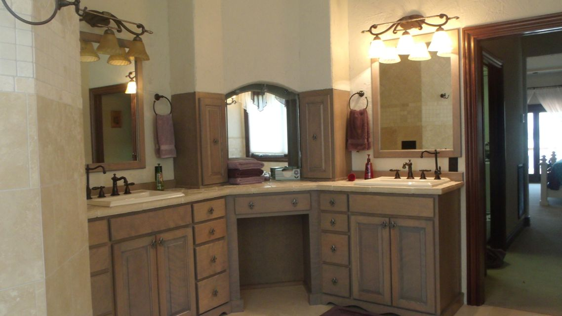 Additional photo for property listing at 4855 Russell Brothers Road 4855 Russell Brothers Road Sharps Chapel, Tennessee 37866 États-Unis