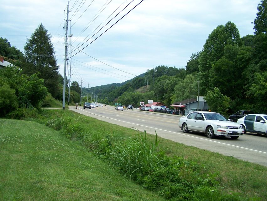 Commercial for Sale at 2840 Vetrans Blvd. Blvd Pigeon Forge, Tennessee 37863 United States