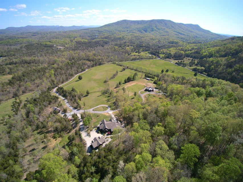 Single Family Home for Sale at 790 Lick Creek Road Tellico Plains, Tennessee 37385 United States