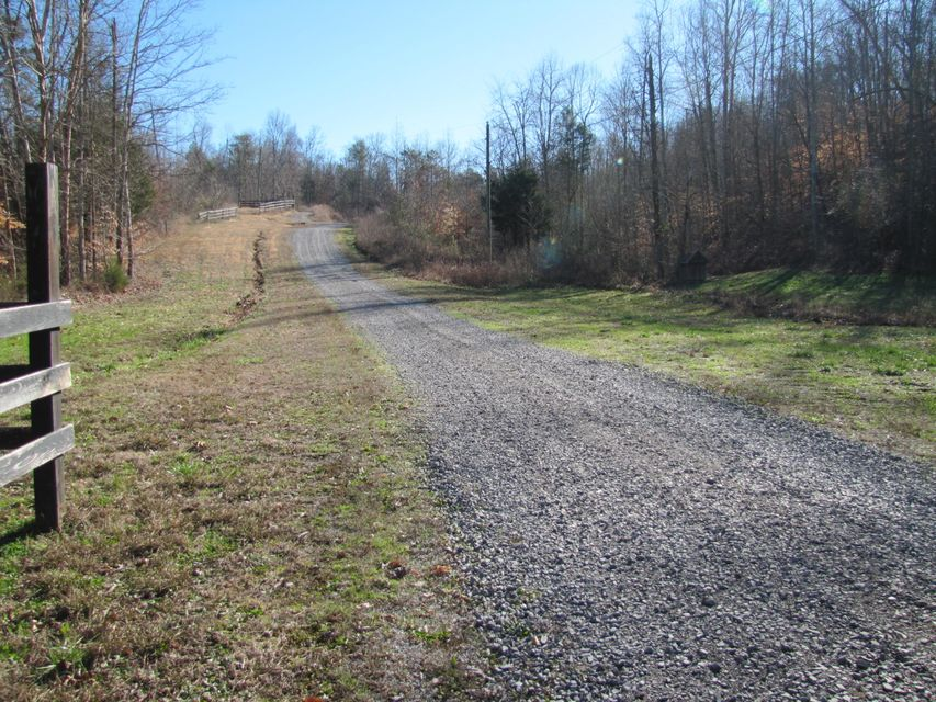 Additional photo for property listing at Lick Creek Lick Creek Tellico Plains, Теннесси 37385 Соединенные Штаты