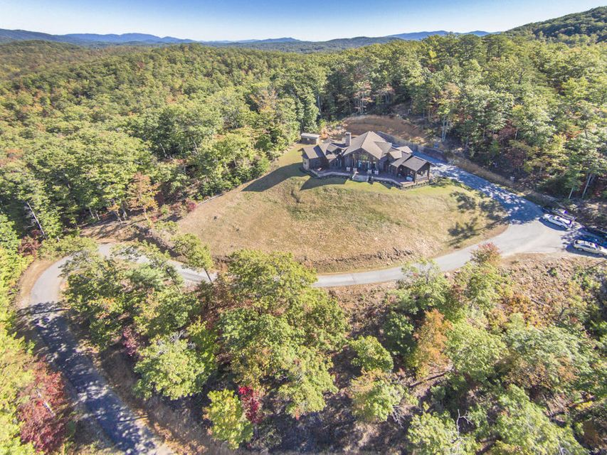Single Family Home for Sale at 695 Caney Creek Road Pigeon Forge, Tennessee 37863 United States