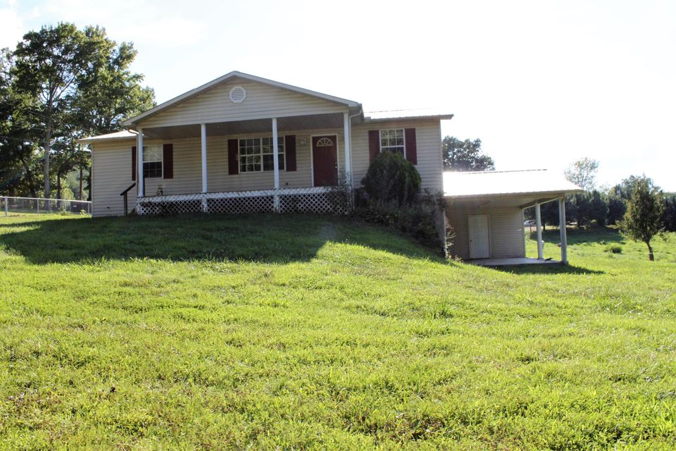 Single Family Home for Sale at 224 Trammel Cemetery Road Winfield, Tennessee 37892 United States