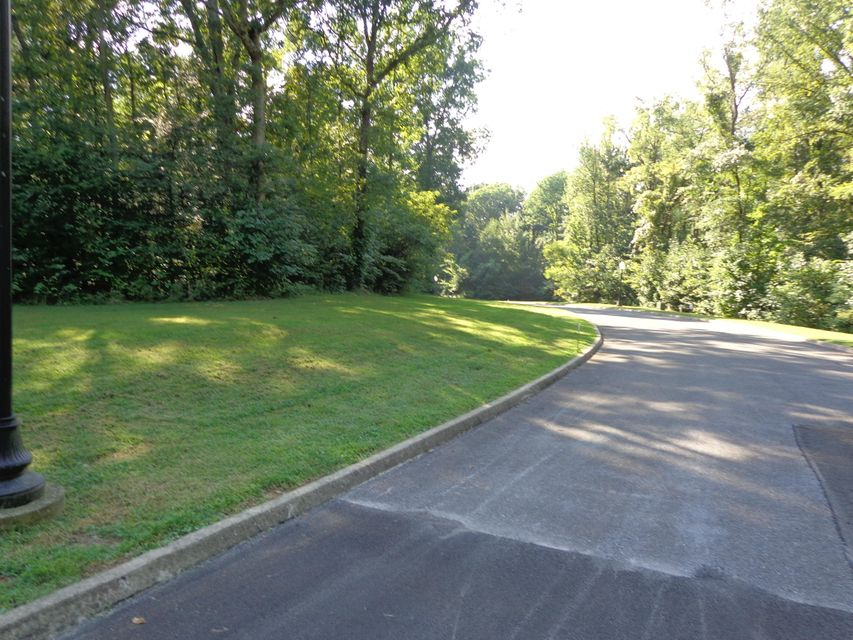 Additional photo for property listing at Lot 9 Meadowood Road Lot 9 Meadowood Road Newport, Tennessee 37821 United States
