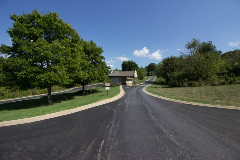 Additional photo for property listing at Kuni Tr Kuni Tr Vonore, Tennessee 37885 Estados Unidos