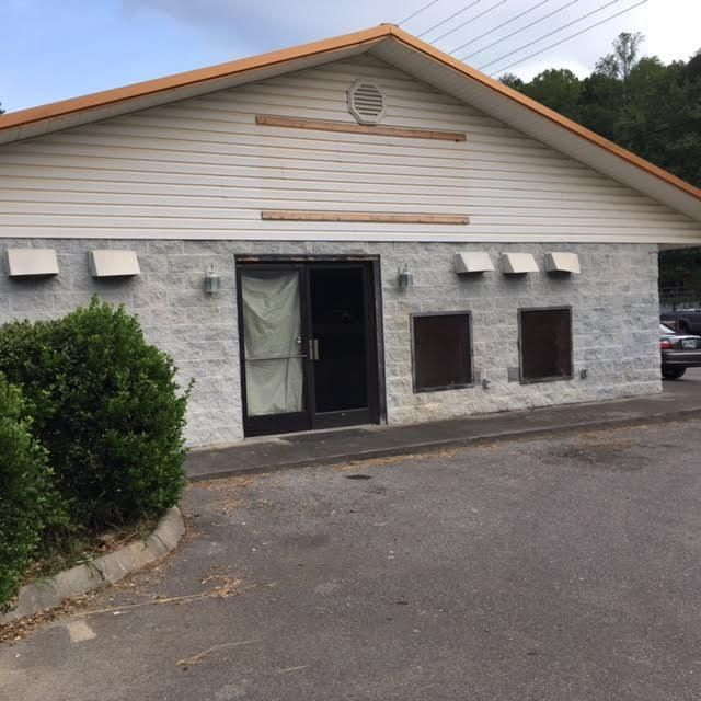 Commercial for Sale at 2902 Veterans Blvd Pigeon Forge, Tennessee 37863 United States