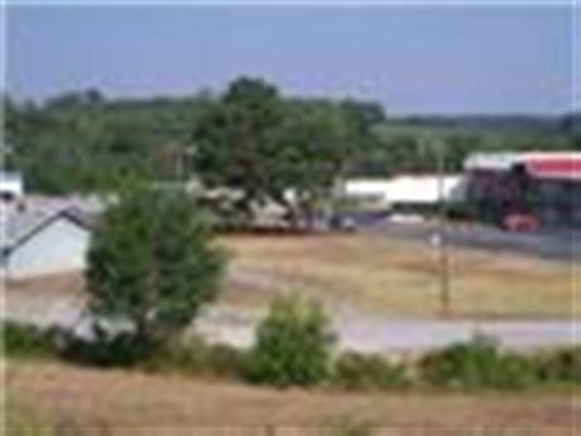 Commercial for Sale at 1431 Murray Chapel Road Road 1431 Murray Chapel Road Road Sweetwater, Tennessee 37874 United States