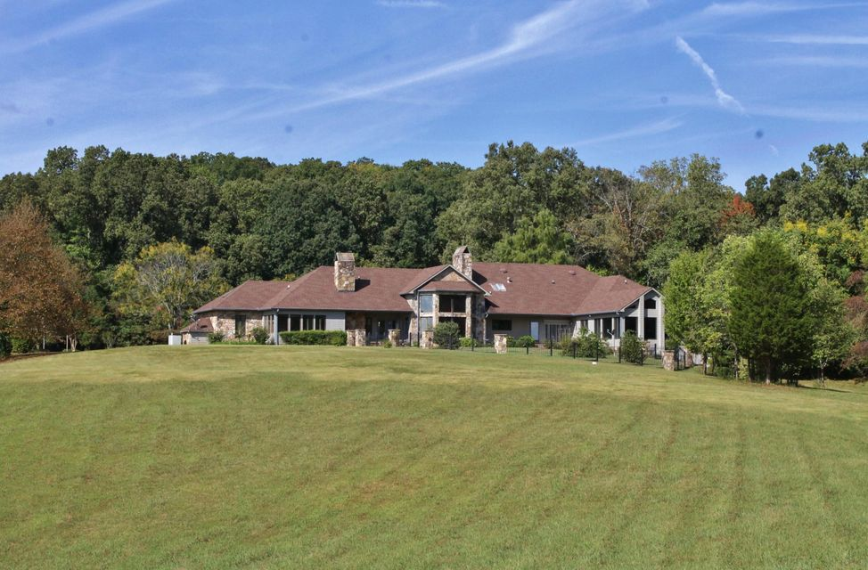 Maison unifamiliale pour l Vente à 4333 Rest Camp Road Lenoir City, Tennessee 37772 États-Unis
